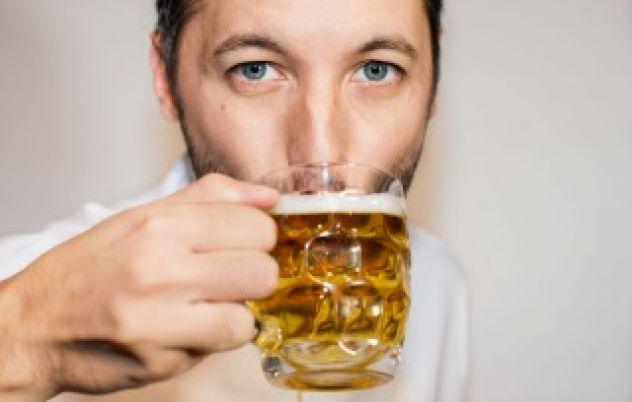 Men need nights out with their mates, scientists say