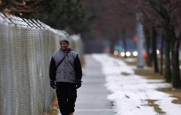 Total strangers donate tens of thousands to man who has to walk 21 miles to work