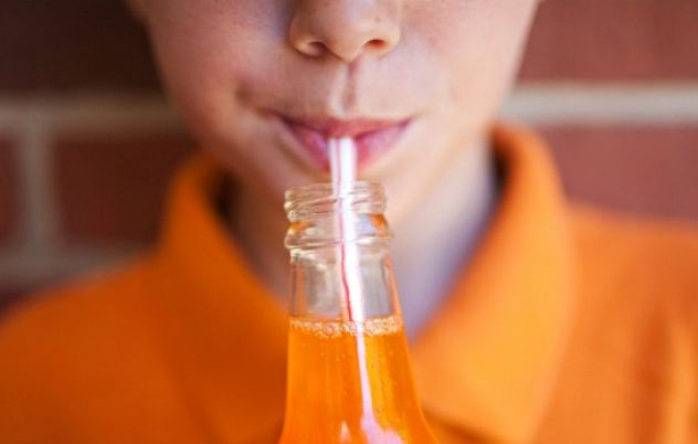 Obesity Policy Coalition warns lunch box fruit drinks have more sugar than Coca-Cola